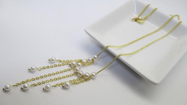 小粒パールとチェーンのネックレス