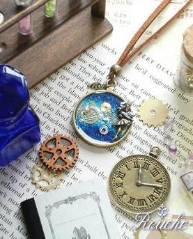 「時の妖精」時計と歯車のペンダント