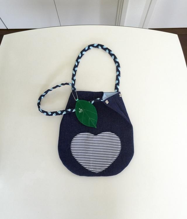 洋梨のバッグ?
