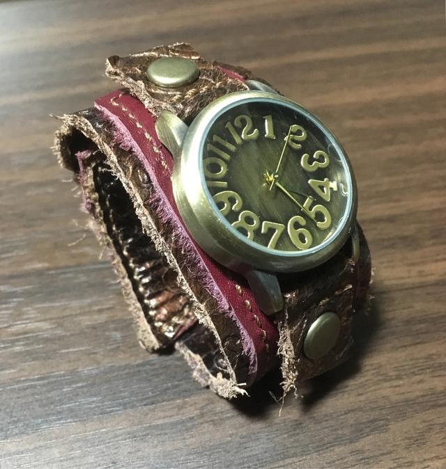 buy online 45a22 590a5 本革 金属アレルギー対応 腕時計 | ハンドメイドマーケット minne