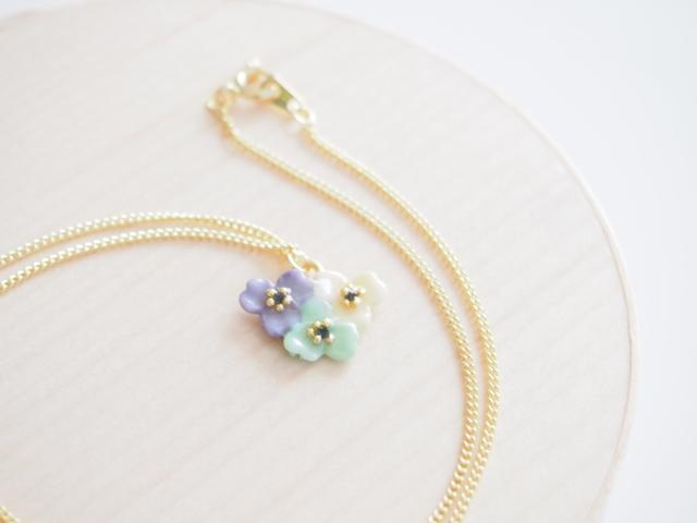 tres anemone neckless【pastel】