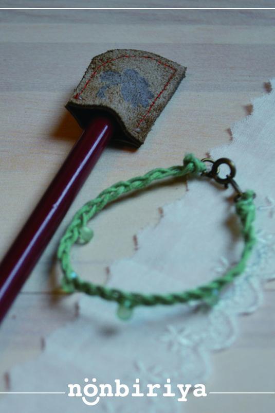 pen-cap and bracelet