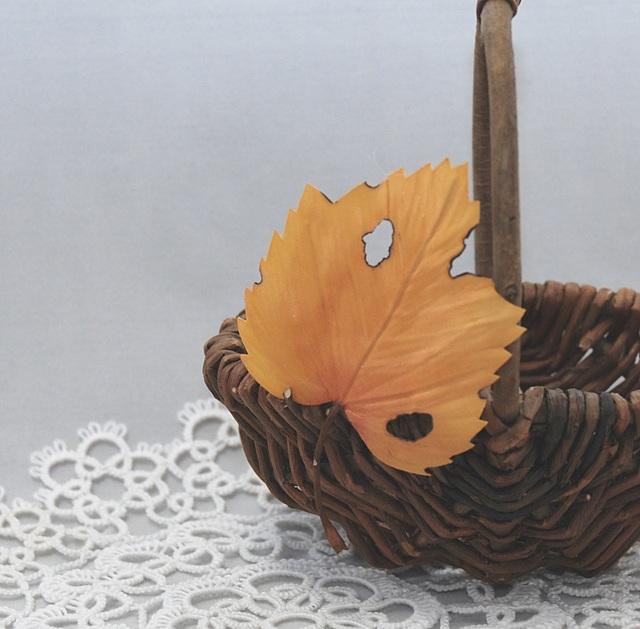 [留め具の選択可]Autumn Leaf WG YB
