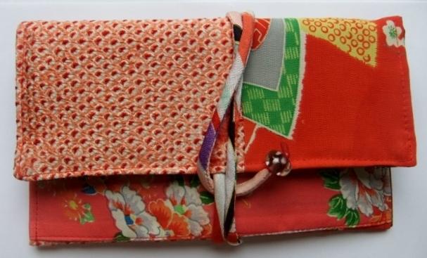 絞りの羽織と女の子の着物で作った和風財布 276