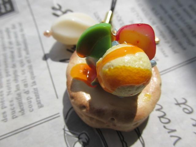 アイスのせオレンジソースがけパンケーキのストラップ ミニチュアフード
