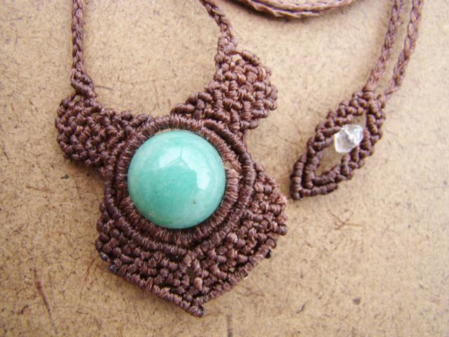天然石 アベンチュリンのマクラメ編みネックレス