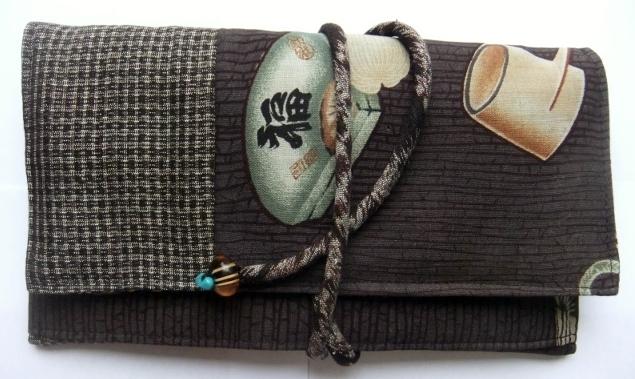 泥大島とモスの長襦袢で作った和風財布 282