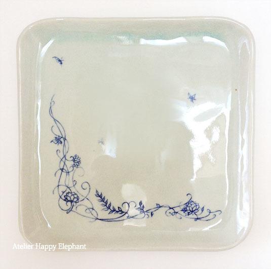 植物模様のお皿 A 水色×青