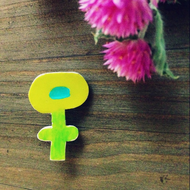 お花のブローチ(イエロー)