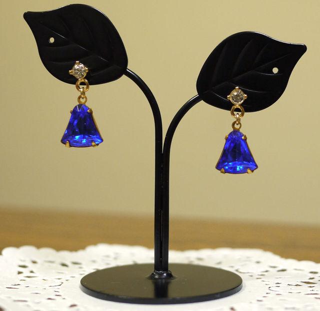 ヴィンテージガラスのピアス【royal blue】