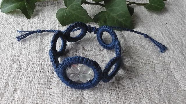 麻の天然石アクセサリー  wakkaブレスレット  フローライト(青)