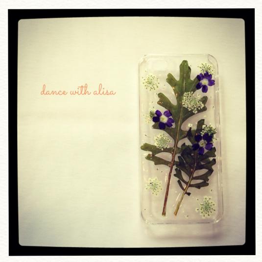 iPhone ケース 菊の葉