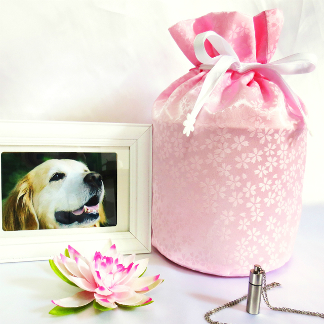 覆い袋( 骨壷袋 ) 骨壷セット 5寸(約18.5cm) 白並 小桜 ピンク 巾着タイプ