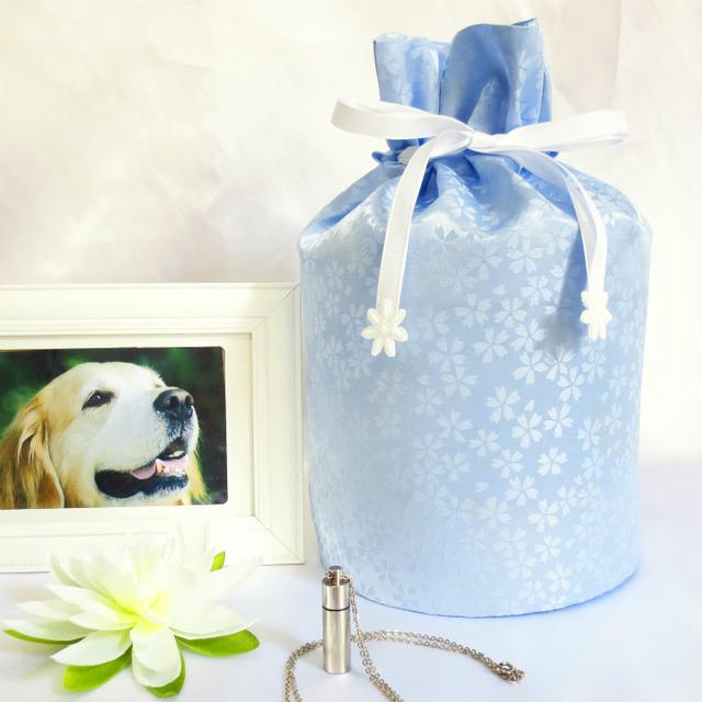 覆い袋( 骨壷袋 ) 骨壷セット 5寸(約18.5cm) 白並 小桜 ブルー 巾着タイプ