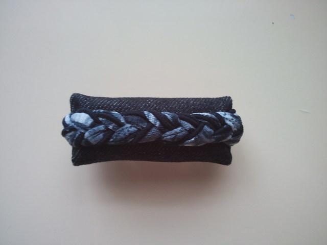デニムの三つ編みバレッタ