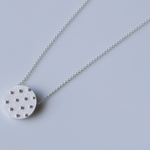 Dot necklace(sv)