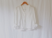 Gathered Sleeve Linen Blouse【pearl white/royal blue】