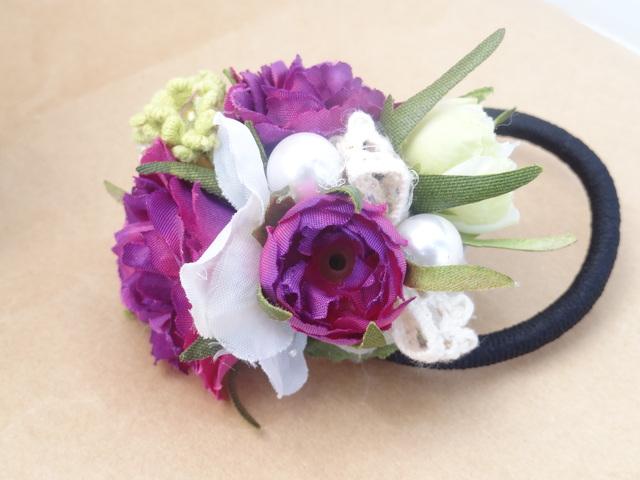 紫のヘアーゴム