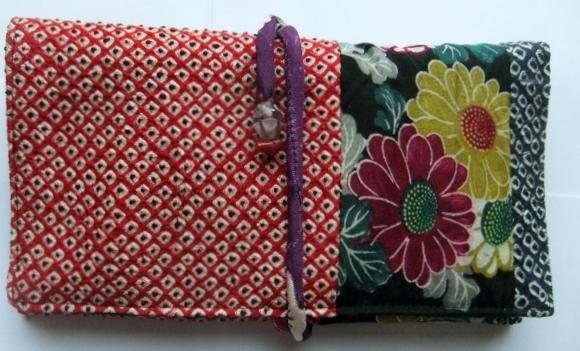 絞りの羽織と花柄の着物で作った和風財布 319