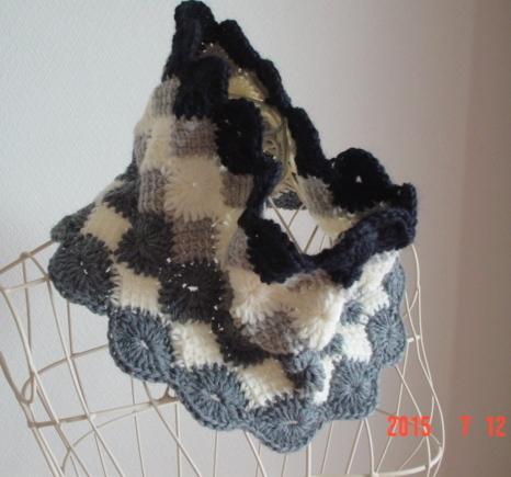 ☆彡モノトーンのflower Afghan模様のCowl Neck Warmer