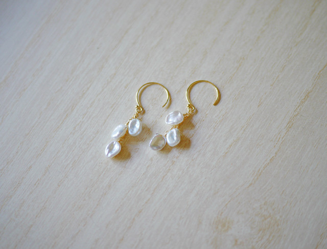 (Sold out)[K14gf]淡水パールの花びらピアス
