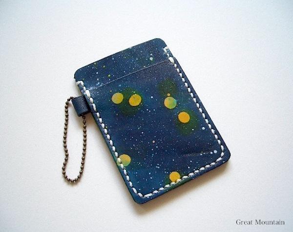 贈り物に☆ 宇宙 カードケース レザー 星 革 パスケース プレゼント