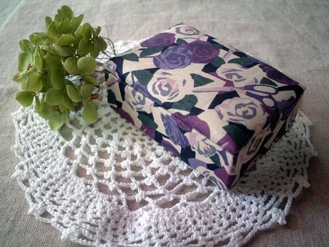 リバティPaper roses布箱Mサイズ