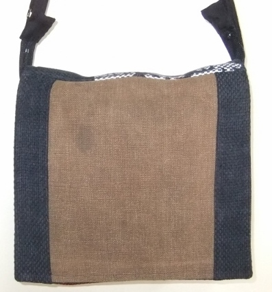 酒袋と消防団の服で作ったショルダーバック  354