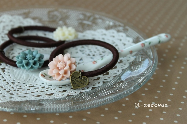 ヘアゴム お花カボション 3色