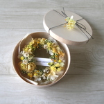 Box wreath yellow&white