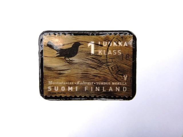 フィンランド 切手ブローチ980