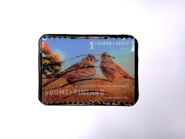 フィンランド 切手ブローチ984