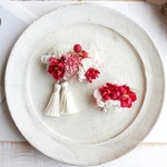 3way flower  clip   -red  raspberry -