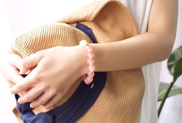 再販】真珠とチェリークォーツのブレスレット 〜Elsje