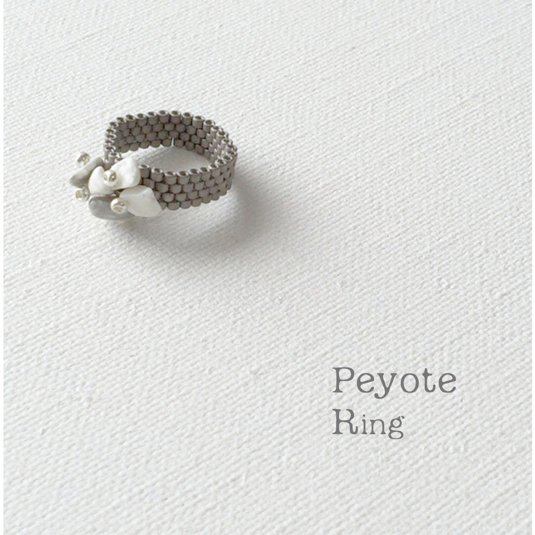 �ӡ�����󥰡�Silver Howlite ��Peyote��Ring