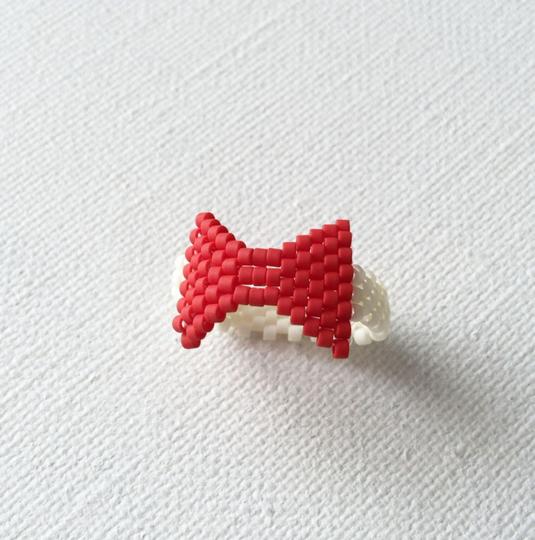 ビーズリング Red ribbon ☆Peyote Ring