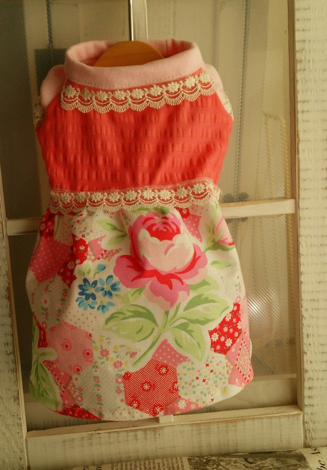パッチ薔薇柄スカートのワンビース