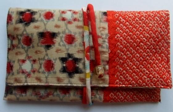 銘仙の着物と絞りの羽織で作った和風財布 374
