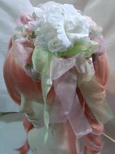 白バラとピンクレースのパステルカラーカチューシャ