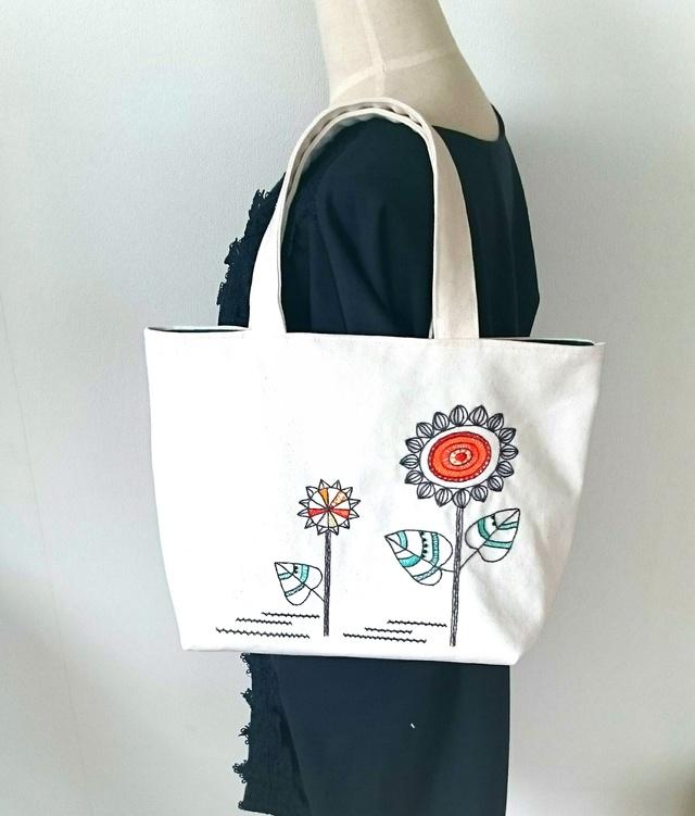向日葵のトートバッグ(手刺繍&ビーズ)