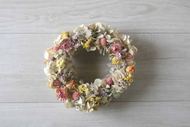Pastel pink wreath dryflower