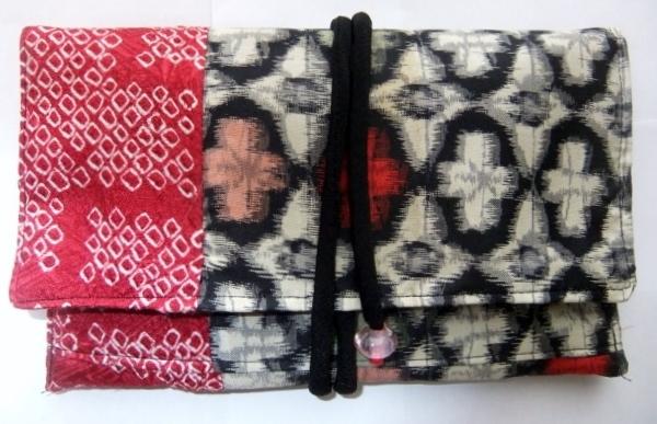 銘仙の着物と手絞りの羽織で作った和風財布 379