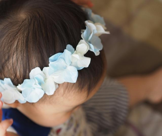 【3】ブルーホワイトの花かんむり◇赤ちゃんとキッズのためのアクセサリー