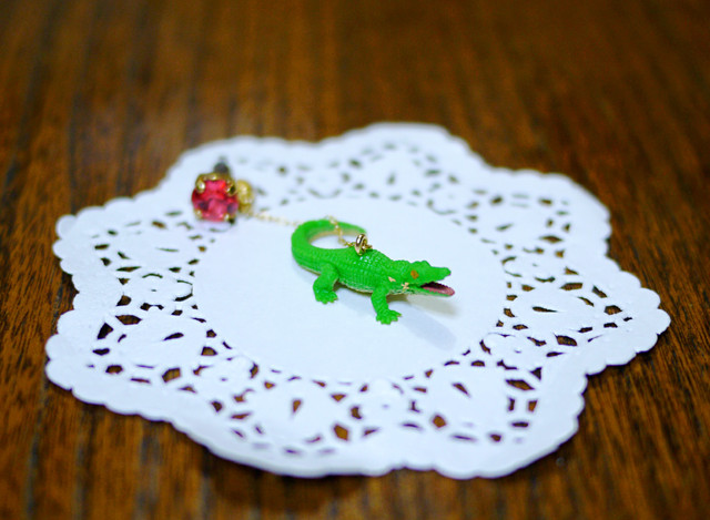 (Sold out)animal片耳ピアス【Crocodile】