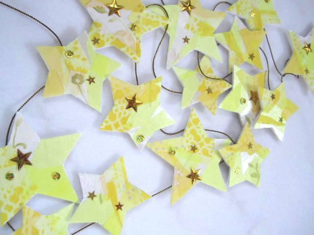 レモンイエローの星のガーランド