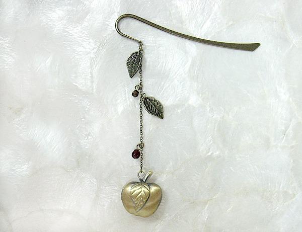 秋りんごのひと枝