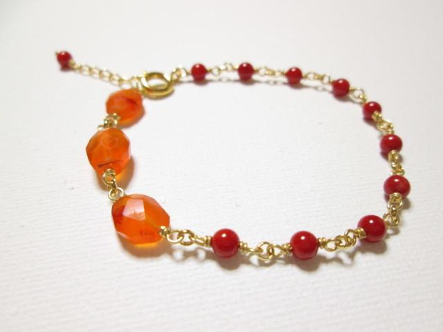 《送料無料》カーネリアンと真っ赤な珊瑚のブレスレット