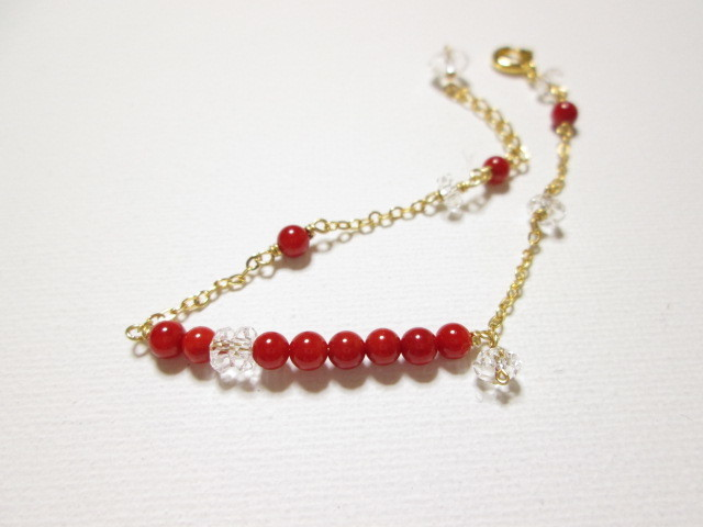 《送料無料》真っ赤な珊瑚のブレスレット