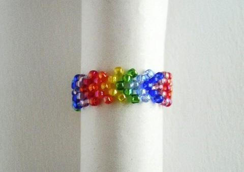 虹色 V リング