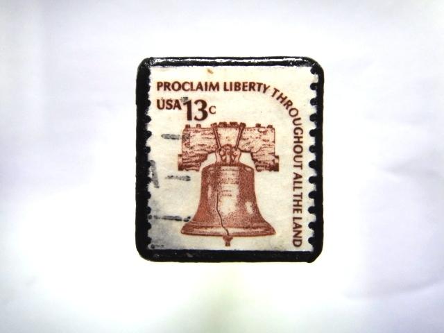 アメリカ 自由の鐘切手ブローチ996
